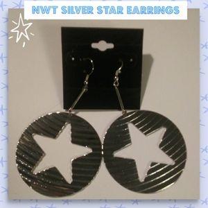 NWT silver star Earrings!🌠🌠🌠🌠